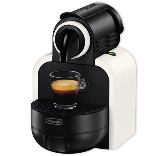 Капсульная кофемашина Делонги