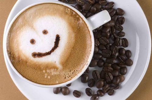 Чашка свежего кофе
