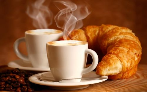 Пара чашек кофе